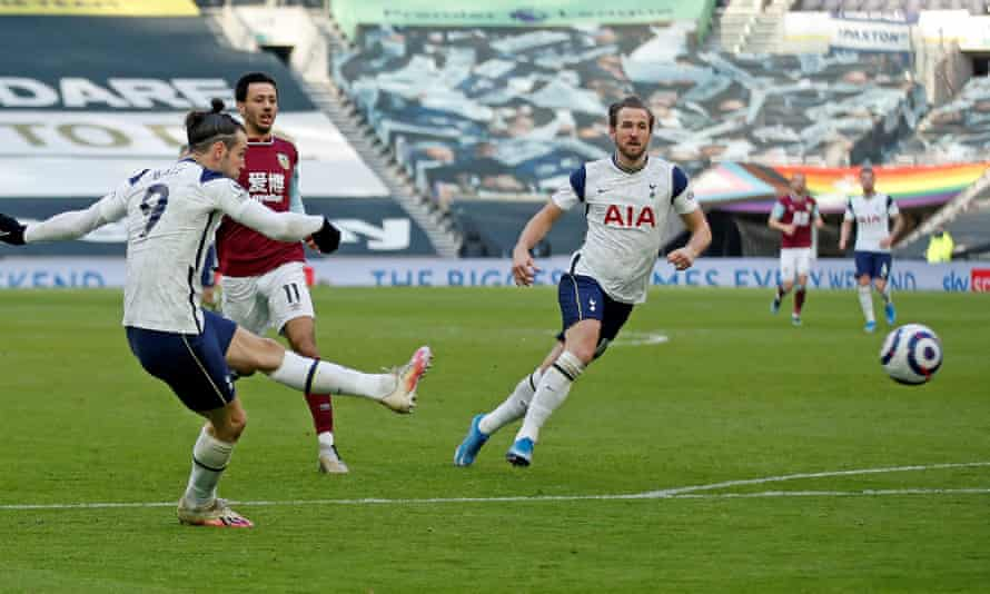 Gareth Bale scores his second and Tottenham's fourth goal in the 4-0 home victory against Burnley. He has shown signs of rediscovering his best form.