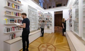 Edmund de Waal's Library of Exile at the British Museum.