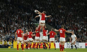 Wales win the lineout.