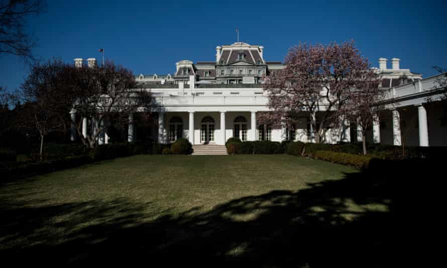 The West Wing of the White House, as seen from the rose garden
