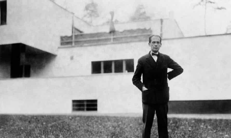 Walter Gropius, 1927.
