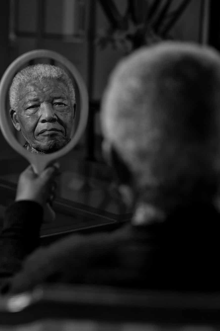 'He could make everyone in a room feel comfortable' … Nelson Mandela.