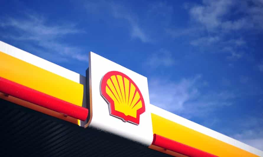 Shell's chief says 'sector leading' cash flows had enabled the oil company to increase shareholder dividends.