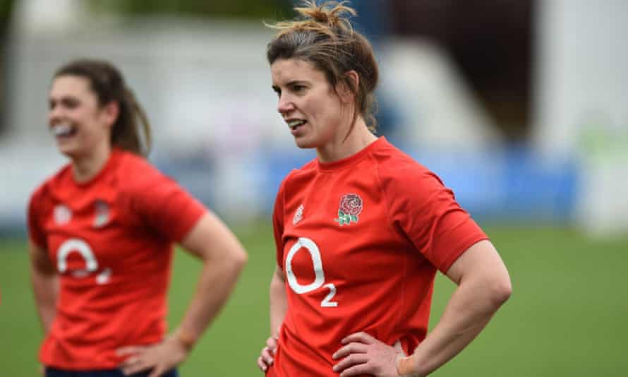 Sarah Hunter will be on the bench for the Women's Six Nations final at Twickenham.