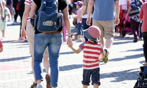 middle income families to be hardest hit by budget economists say