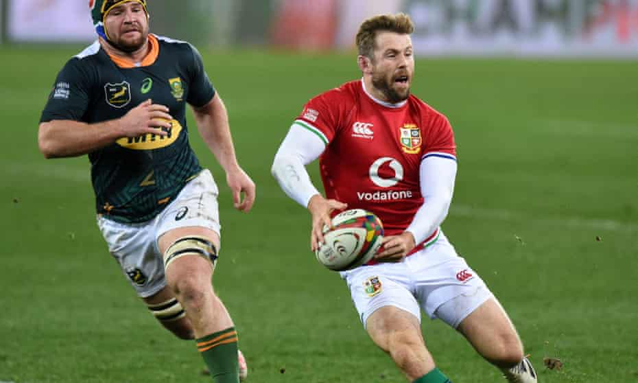 Elliot Daly in action against South Africa A
