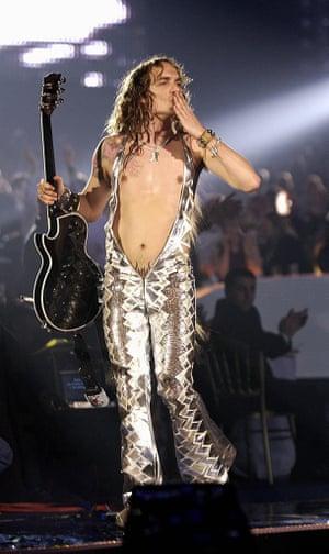 Justin Hawkins in 2004.