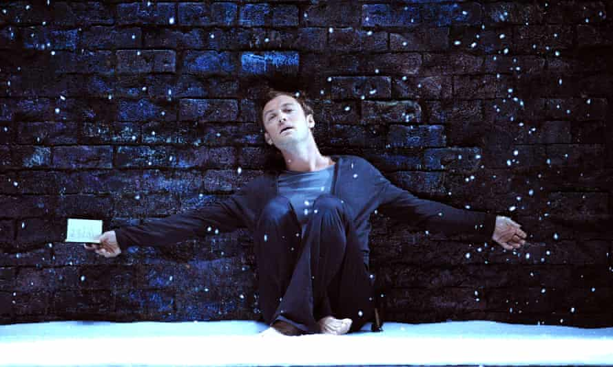 Jude Law as Hamlet at Wyndhams Theatre, London.