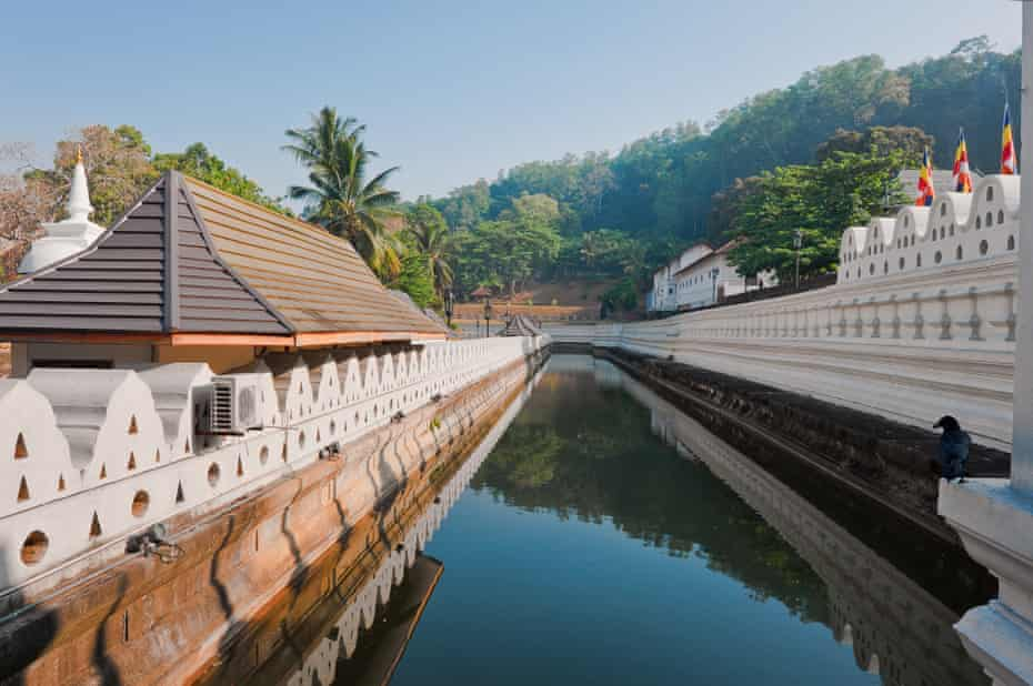 Temple of the Tooth, Kandy.