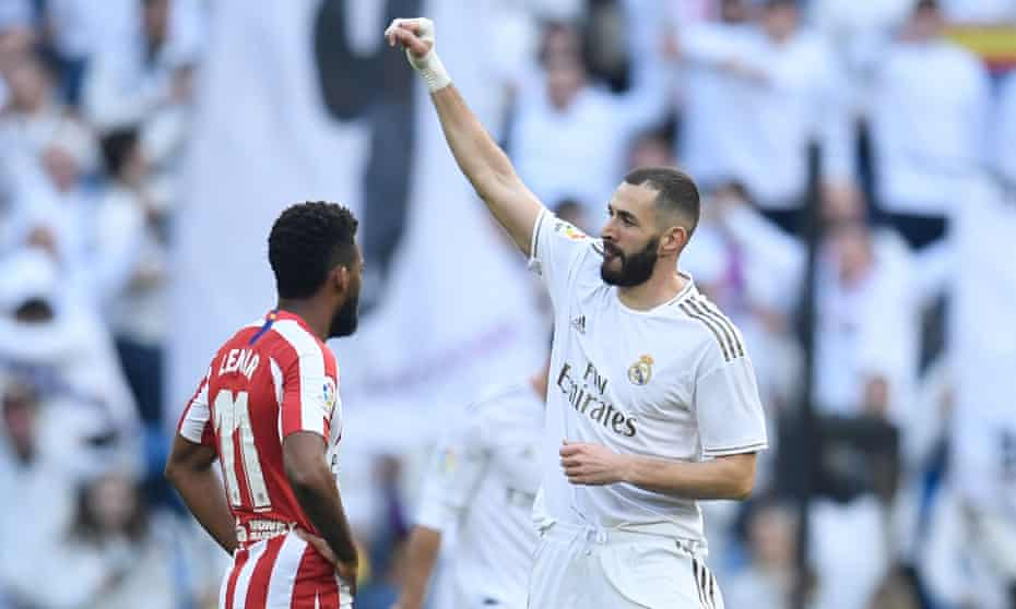 Karim Benzema celebrates after scoring the only goal in Real Madrid's victory over Atlético.