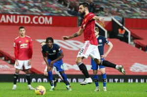 Bruno Fernandes slots the ball home from the penalty spot for Manchester United's seventh goal.