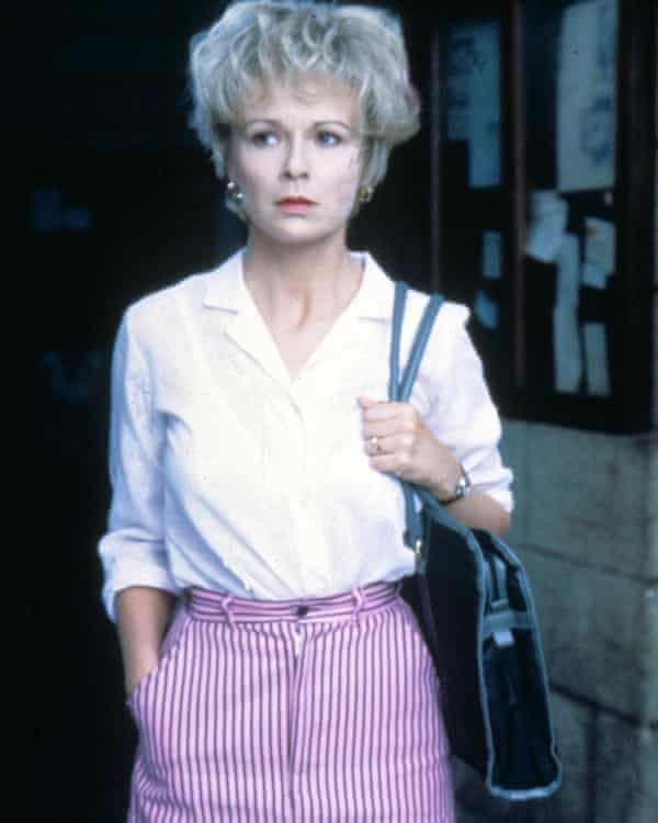 """Julie Walters in the film adaptation of Educating Rita. The actor says that """"people like me wouldn't get the chance today"""""""