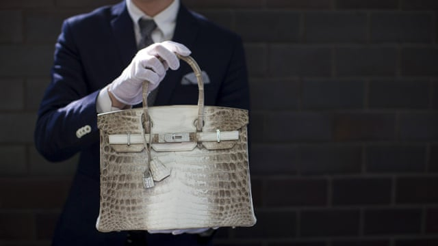 ecdb136de432 Vintage Hermès Birkin bag sells for record £162