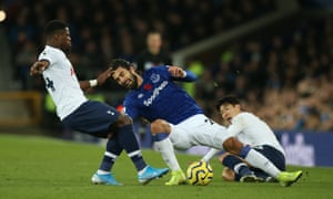 Andre Gomes of Everton is tackled by Son Heung-min.