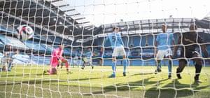 Michail Antonio of West Ham United scores to make it 1-1.