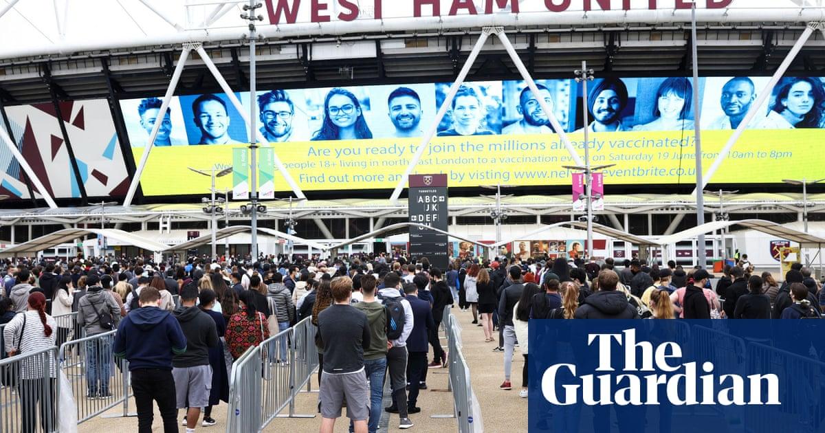 London stadiums host 'super Saturday' of mass rapid Covid vaccinations