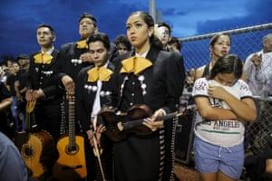 El Paso, Texas: Members of Mariachi Puesta del Sol at an interfaith vigil