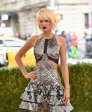 Taylor Swift: etiquette failure?