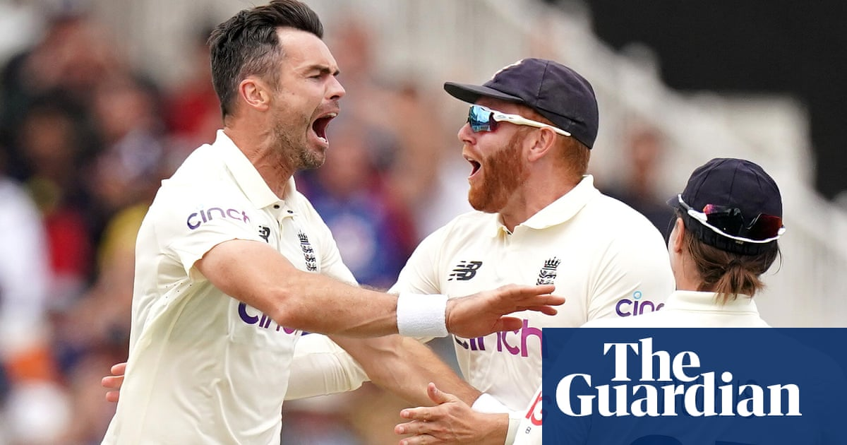 Jimmy Anderson frustrated by delay but delighted with Virat Kohli's wicket
