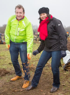 Shirley Rodrigues and Cllr Julian Bell help to create new community woodland in Ealing, part-funded by the mayor's Tree programme