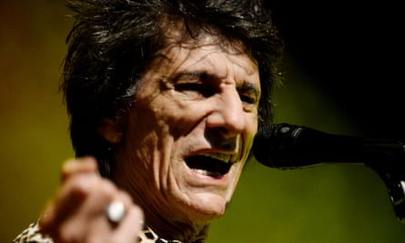 Ronnie Wood performing at Shepherd's Bush Empire.