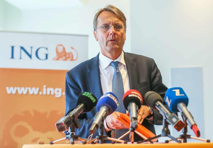 Rik Vandenberghe, CEO of ING Belgium, addresses the media.