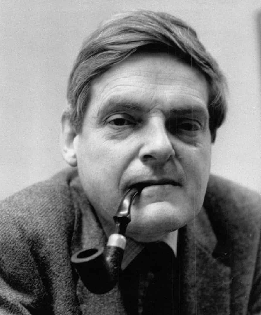 The smell of Peter Preston's pipe could act as a warning that the editor was surveying your work over your shoulder