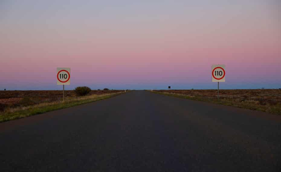 Outback road outside Wilcannia, NSW, Australia