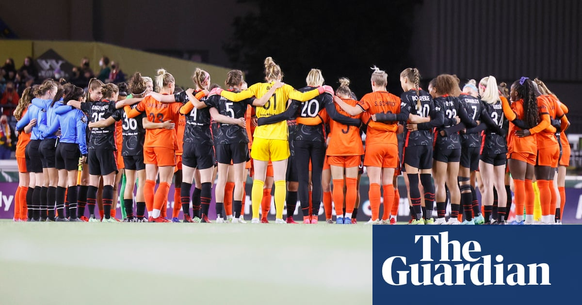 NWSL players halt play mid-game to protest against alleged abuse in league