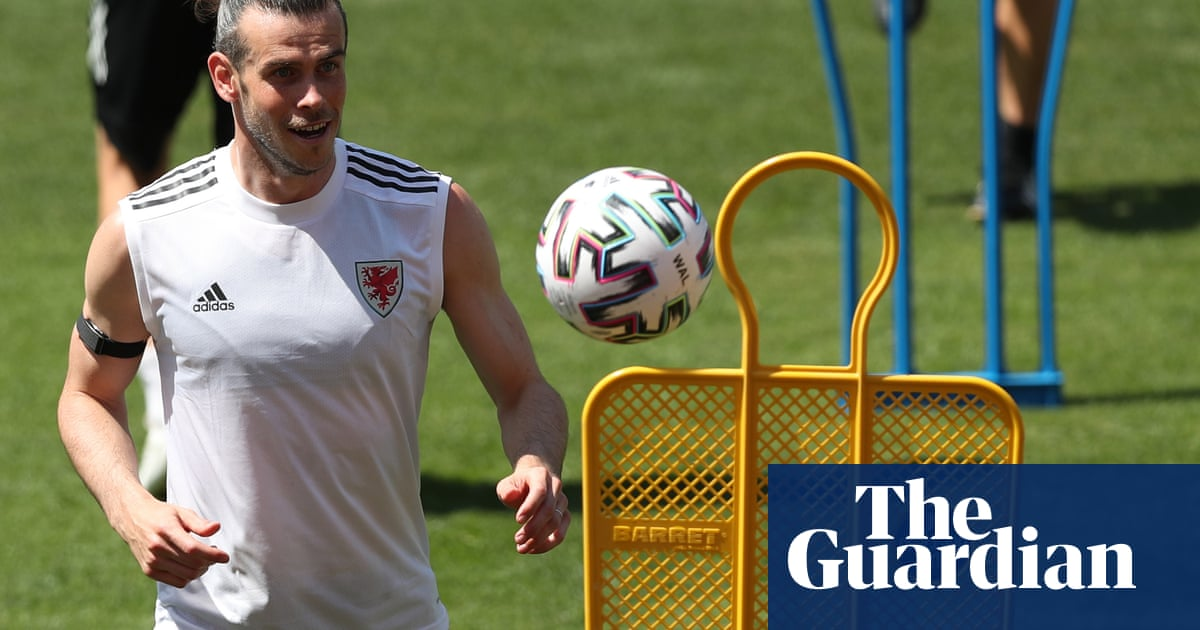 Wales and Bale ready for hostile reception as they prepare for Turkey