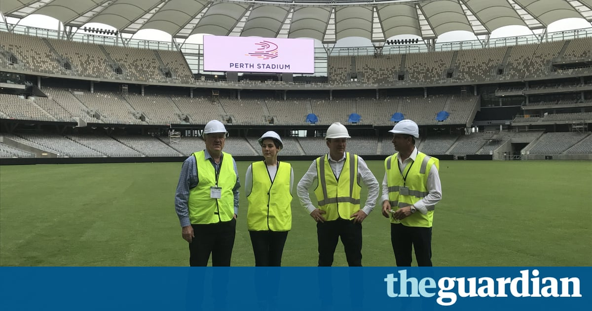 AFLW match at Perth Stadium expected to break women's sport crowd record