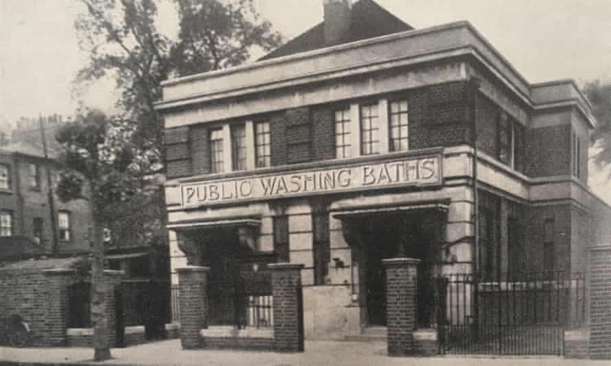The Old Bath Community House in Hackney pictured in 1947.