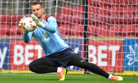 Burnley's Tom Heaton: 'It got heated for a minute or two with Alex Ferguson'