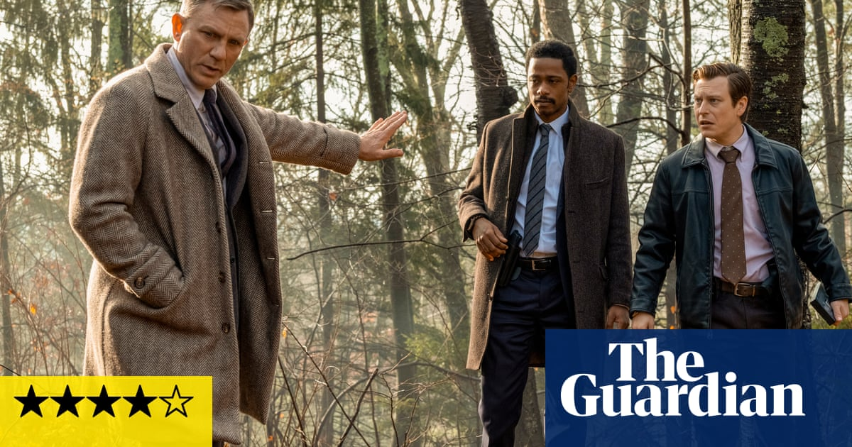 Knives Out review – Rian Johnson crafts a devious meta whodunnit