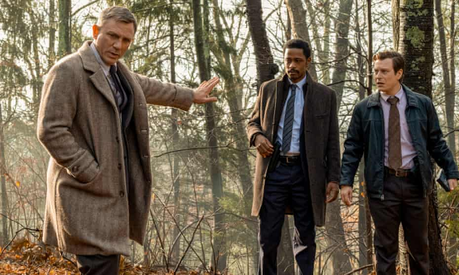 Daniel Craig, Lakeith Stanfield and Noah Segan in Knives Out.