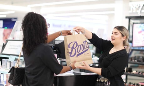 Boots to ban plastic bags and switch to brown paper carriers