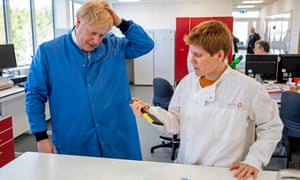 Boris Johnson in laboratory
