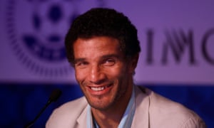 David James became the player-manager of Kerala Blasters in India in 2014 and was also in charge in 2018. Now he wants a job in England.