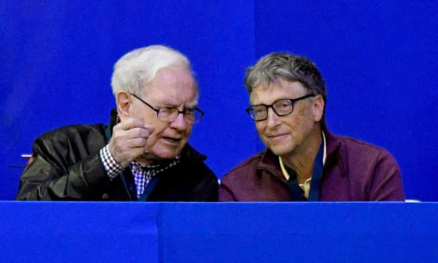 Billionaires Warren Buffett and Bill Gates