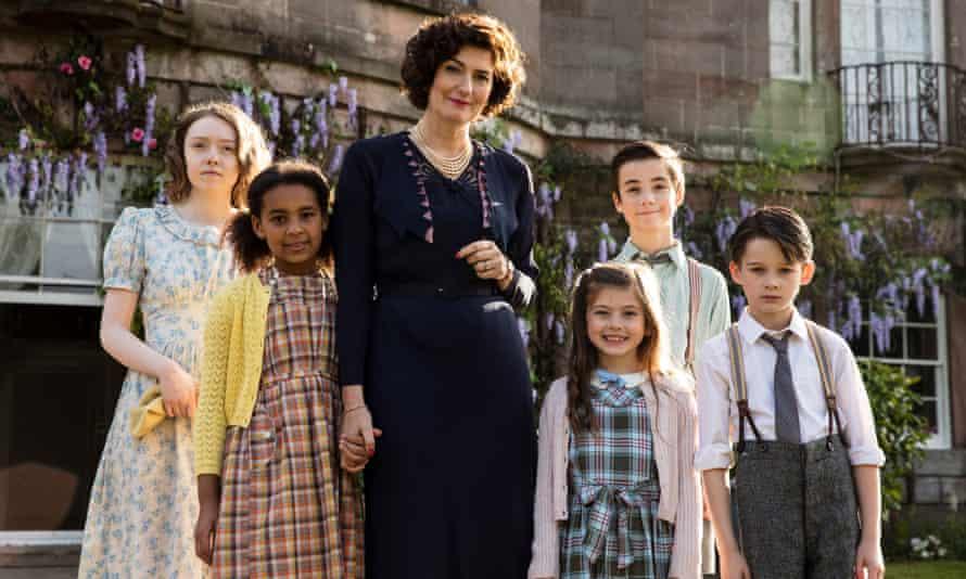 Ordeal By Innocence cast members (l-r) Catriona Macnicoll, Abigail Conteh, Anna Chancellor), Hayden Robertson, Rhys Lambert and Luke Murray.