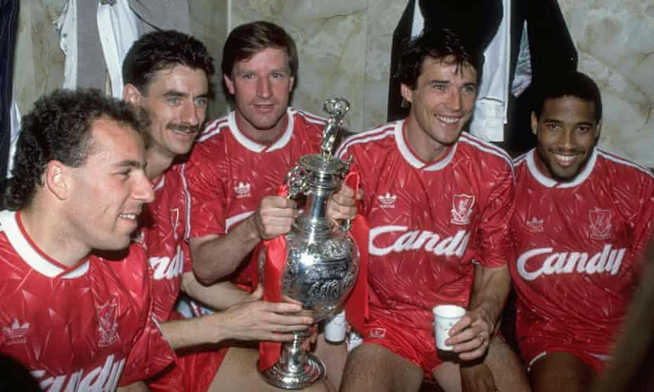 Ronny Rosenthal, Ian Rush, Ronnie Whelan, Alan Hansen and John Barnes celebrate winning the league in 1990