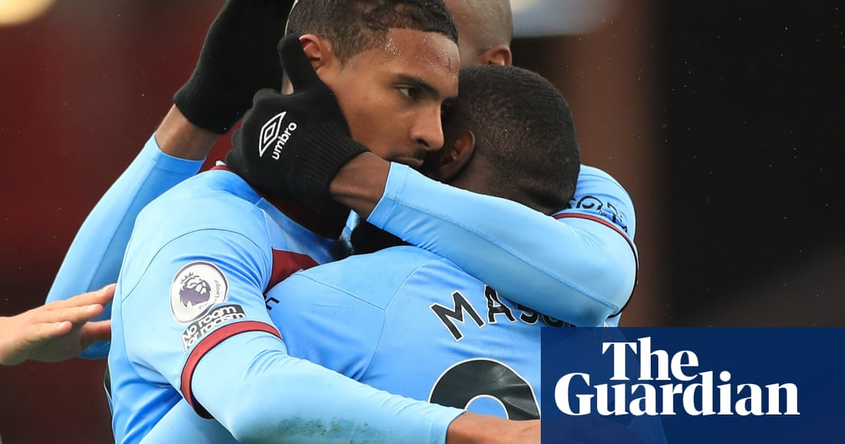 Sébastien Haller gives West Ham victory to leave Sheffield United in trouble