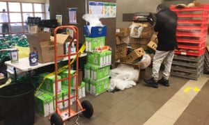 Residents of Melbourne public housing towers say medical waste has been left next to groceries and no masks are being given to people to collect groceries