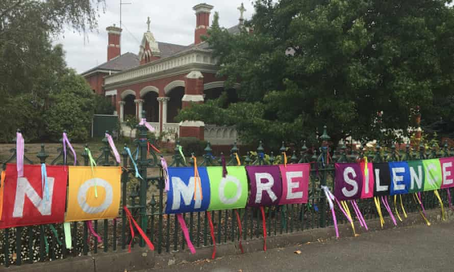 Residents of the Victorian town of Ballarat have tied ribbons to fences around Catholic institutions in support of abuse survivors.