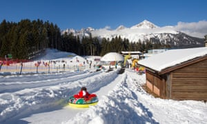 the snowpark and nursery slopes at Andalo