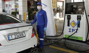 Amchit, Lebanon: Riyad, gas station employee
