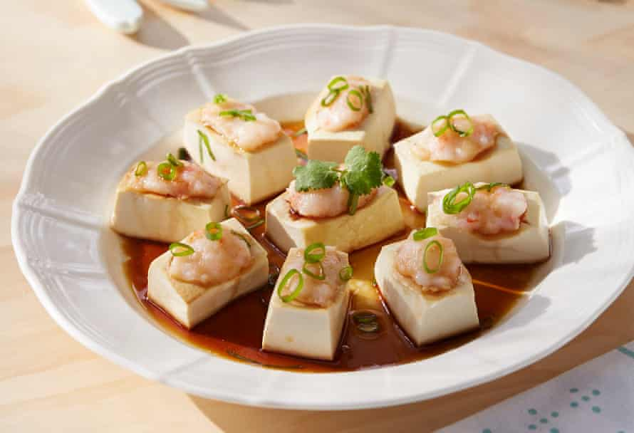 Steamed tofu with prawn paste
