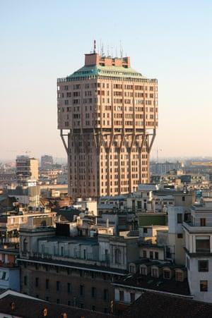 Torre Velasca Milano Italia