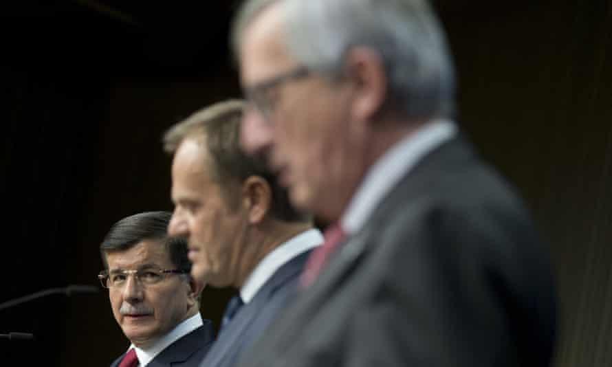 Turkish PM Ahmet Davutoğlu, Donald Tusk and Jean-Claude Juncker