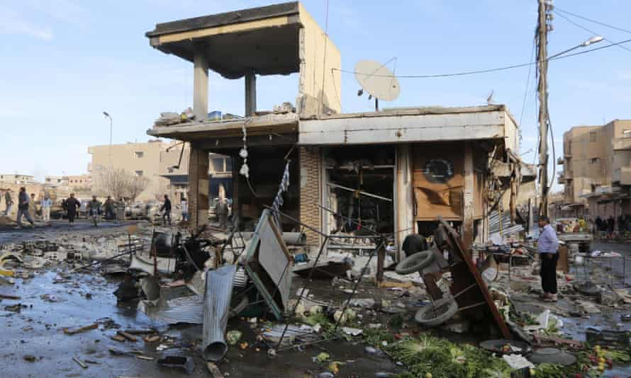 Activists said this building in Raqqa was hit by airstrikes carried out by forces loyal to President Assad in 2014